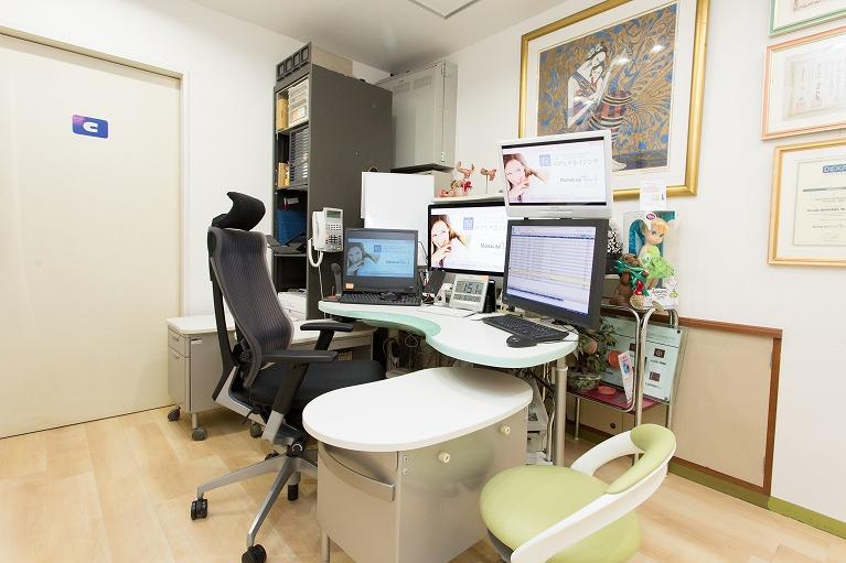 産婦人科診察室
